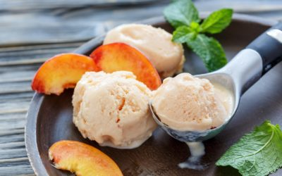 Easy Homemade Peach Ice Cream